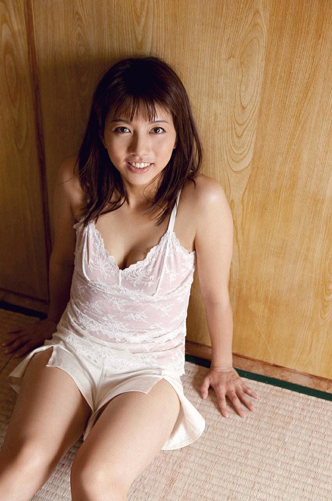 甲斐まり恵さんの水着
