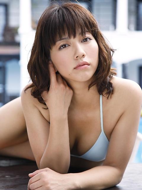 甲斐まり恵さんの胸